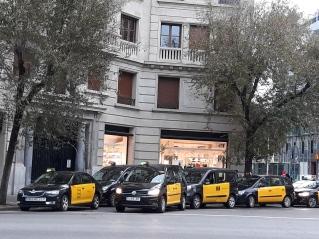 Parada_de_taxis,_Barcelona